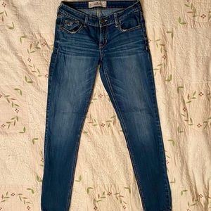 Hollister Low Rise Jeans (Us Size 5R)